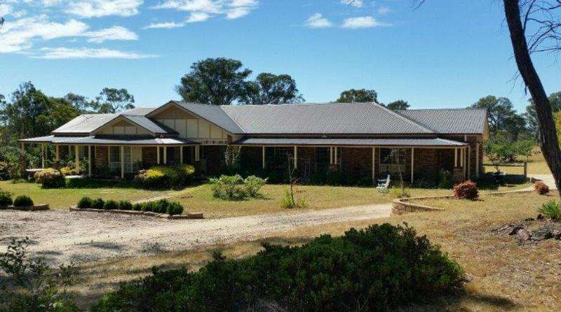 Main view of Homely house listing, 24 ANCHOR ROAD, Armidale, NSW 2350