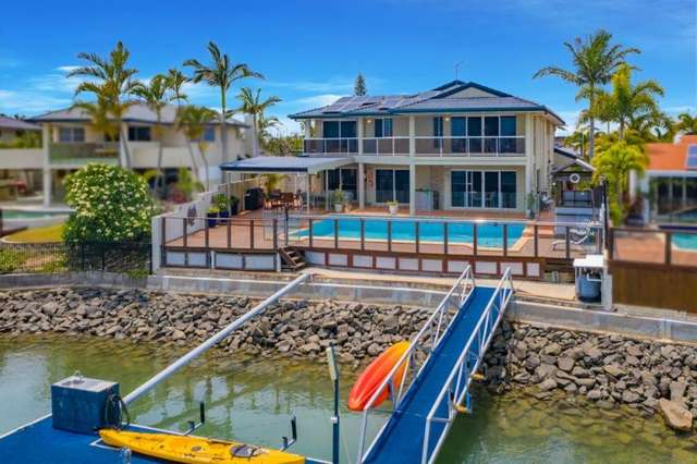 4 Seacrest Court, Raby Bay QLD 4163