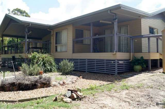 21 North Kerton, Nanango QLD 4615