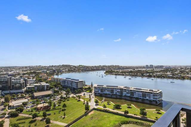 2201/30 Festival Place, Newstead QLD 4006