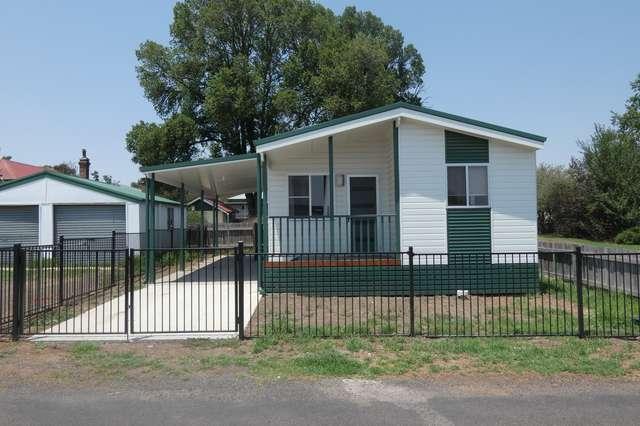 2 NAUGHTEN AVENUE, Armidale NSW 2350