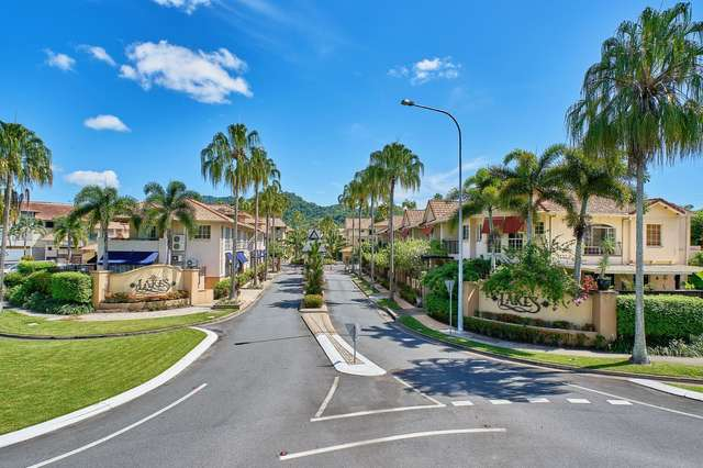 1625/2-10 Greenslopes Street, Cairns North QLD 4870