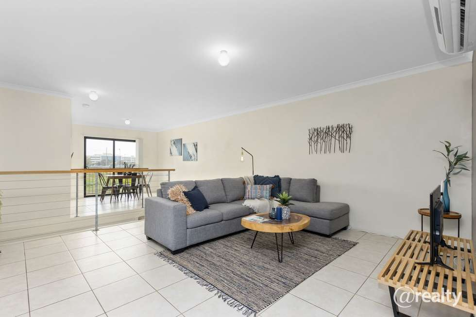 Second view of Homely unit listing, 3/1 HOGARTH, Cannington WA 6107