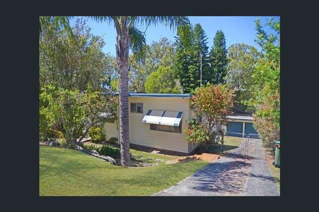 6 View St, Norah Head NSW 2263