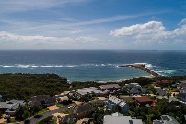 7 Sea Eagle Crescent, Caves Beach NSW 2281
