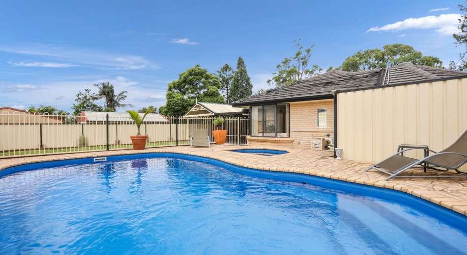 12 Struan Street, Tahmoor NSW 2573