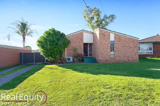 6 Rix Avenue, Hammondville NSW 2170