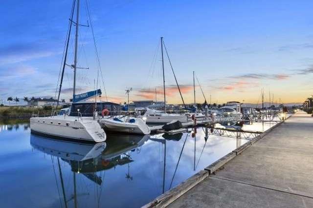 11 Harbour Rise, Hope Island QLD 4212