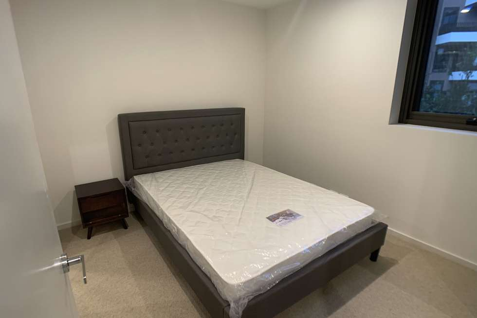 Fourth view of Homely apartment listing, 8 Bond Street, Caulfield North VIC 3161
