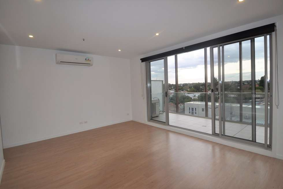 Fifth view of Homely apartment listing, 305/85 Hutton Street, Thornbury VIC 3071