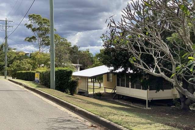 2 Davis Street, Mount Larcom QLD 4695