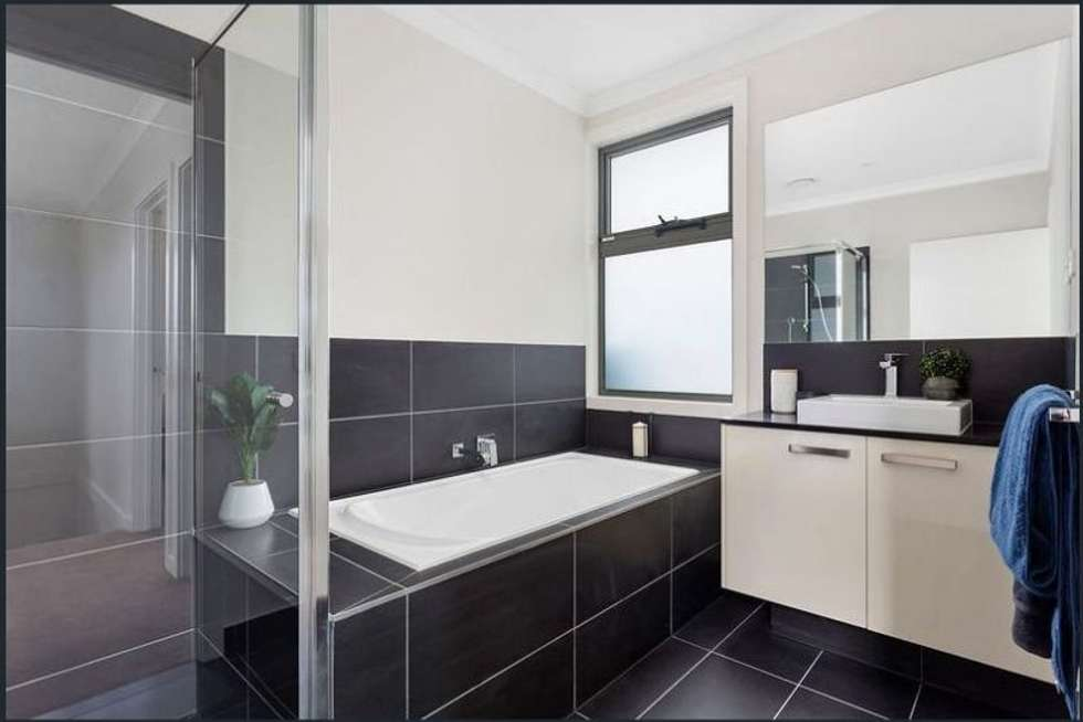 Fifth view of Homely unit listing, 2/31 McCulloch St, Nunawading VIC 3131