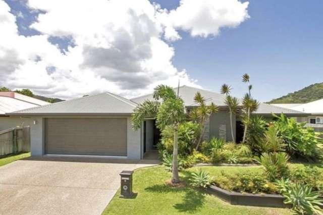8 Moojeeba Way, Trinity Park QLD 4879