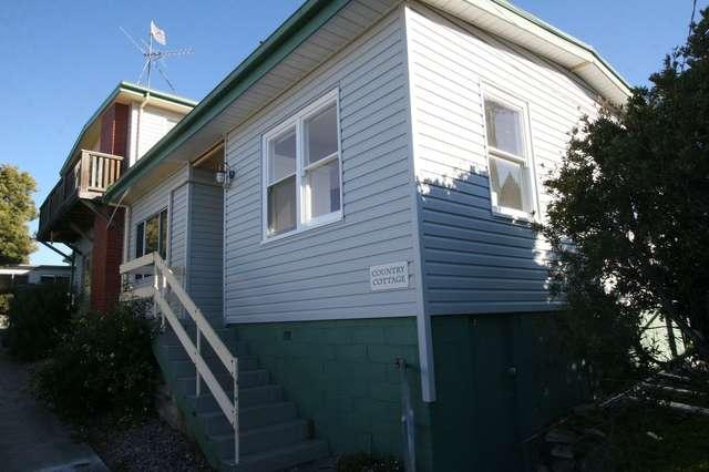 14 Garnett St, Blackmans Bay TAS 7052