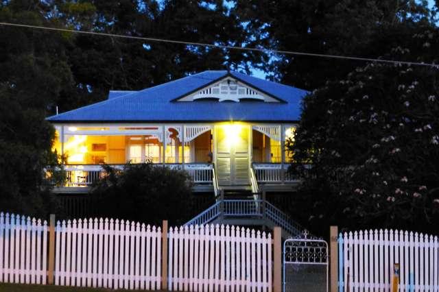 59 Chermside Road, Eastern Heights QLD 4305