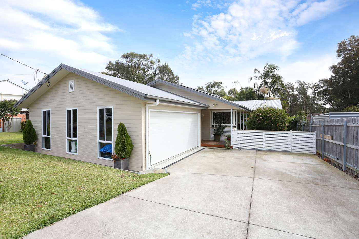 Main view of Homely house listing, 18 Nirringa Road, Summerland Point NSW 2259