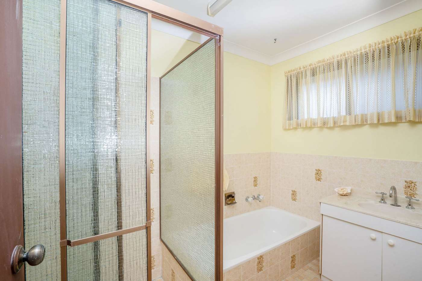 Seventh view of Homely house listing, 2/12 Barbet Place, Burleigh Waters QLD 4220
