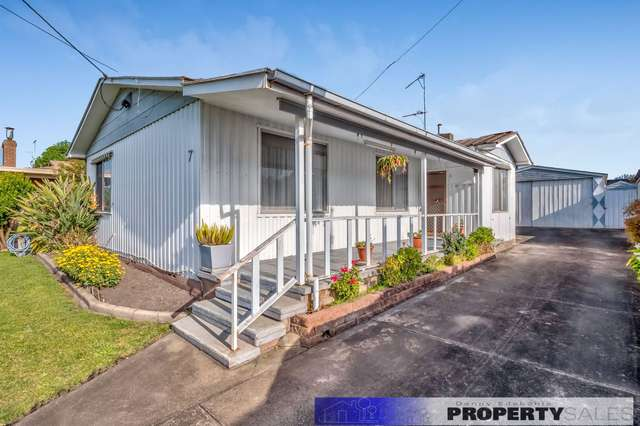 7 Mirboo Street, Newborough VIC 3825
