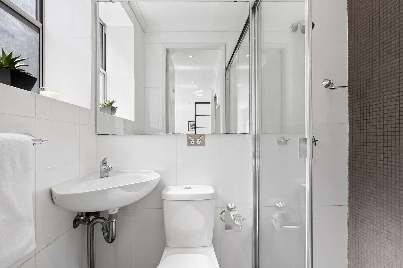 Sixth view of Homely studio listing, 8/165-167 Victoria Street, Potts Point NSW 2011