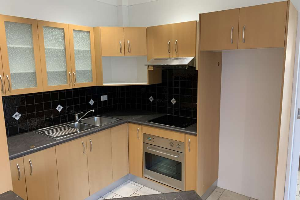 Third view of Homely unit listing, 3/10 Macquarie St, Wollongong NSW 2500