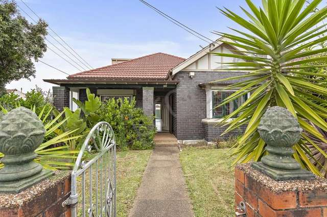 242 Forest Road, Bexley NSW 2207