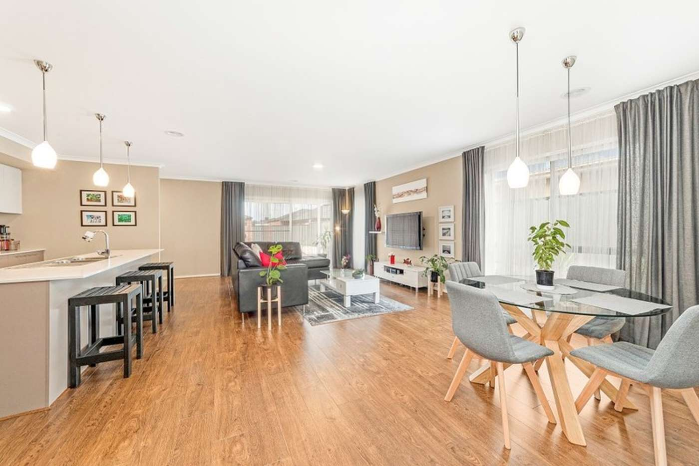 Main view of Homely house listing, 8 Polesden Mews, Roxburgh Park VIC 3064