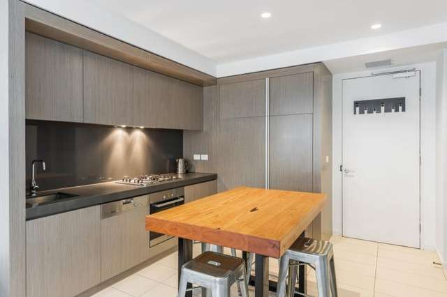 2213/50 Albert Road, South Melbourne VIC 3205