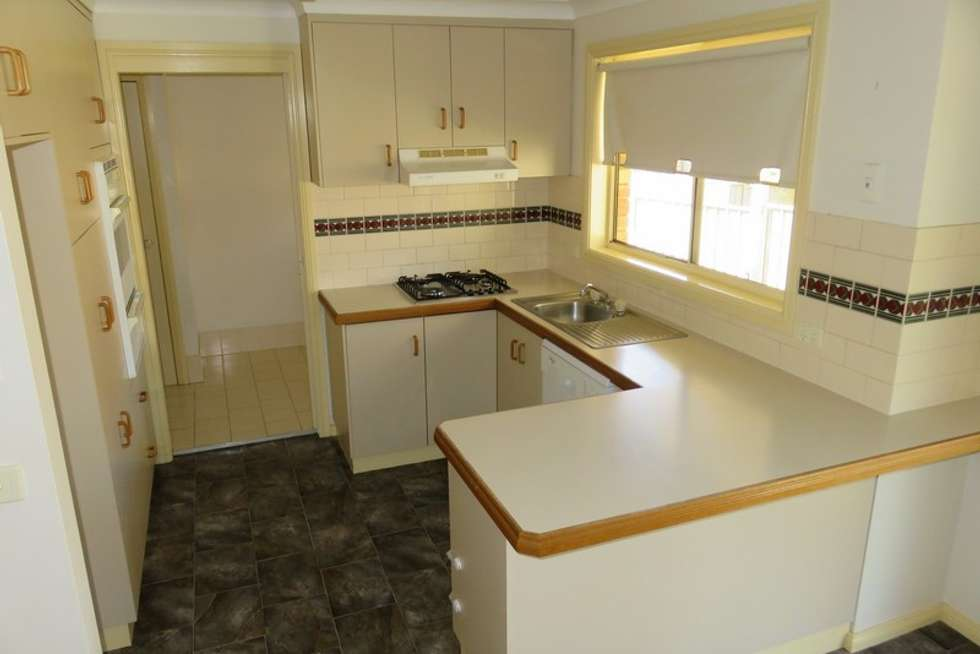 Third view of Homely unit listing, 2/21 Kimberley Drive, Wagga Wagga NSW 2650