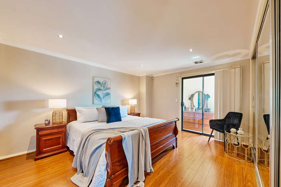 Third view of Homely house listing, 5 Mount Eccles Place, Caroline Springs VIC 3023