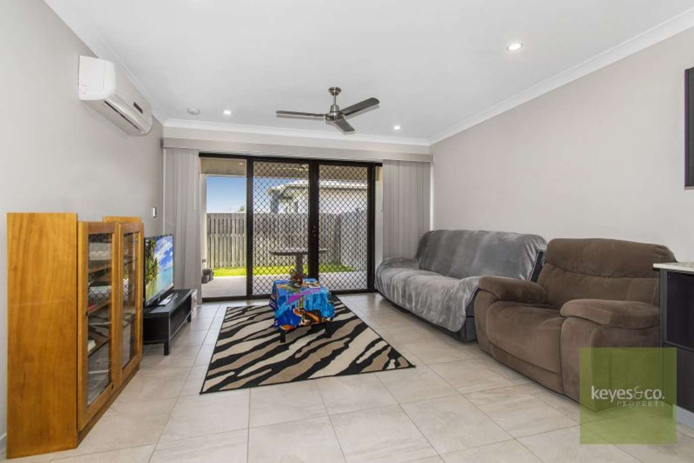 Sixth view of Homely semiDetached listing, 1/35 Trevalla Entrance, Burdell QLD 4818