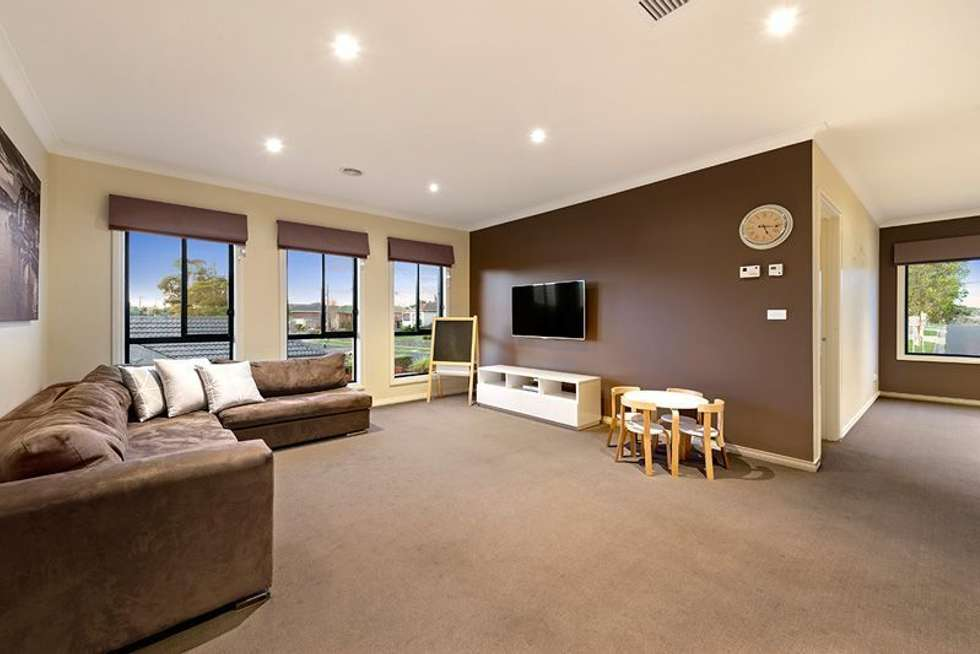 Fourth view of Homely house listing, 15 SUMMIT AVENUE, Oak Park VIC 3046