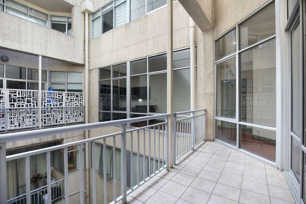 Fifth view of Homely apartment listing, 44/398 La Trobe Street, Melbourne VIC 3000