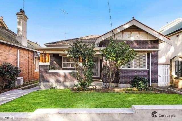 14 Bembridge Street, Carlton NSW 2218