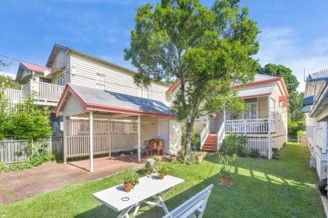 10 Ashbolt St, Wooloowin QLD 4030