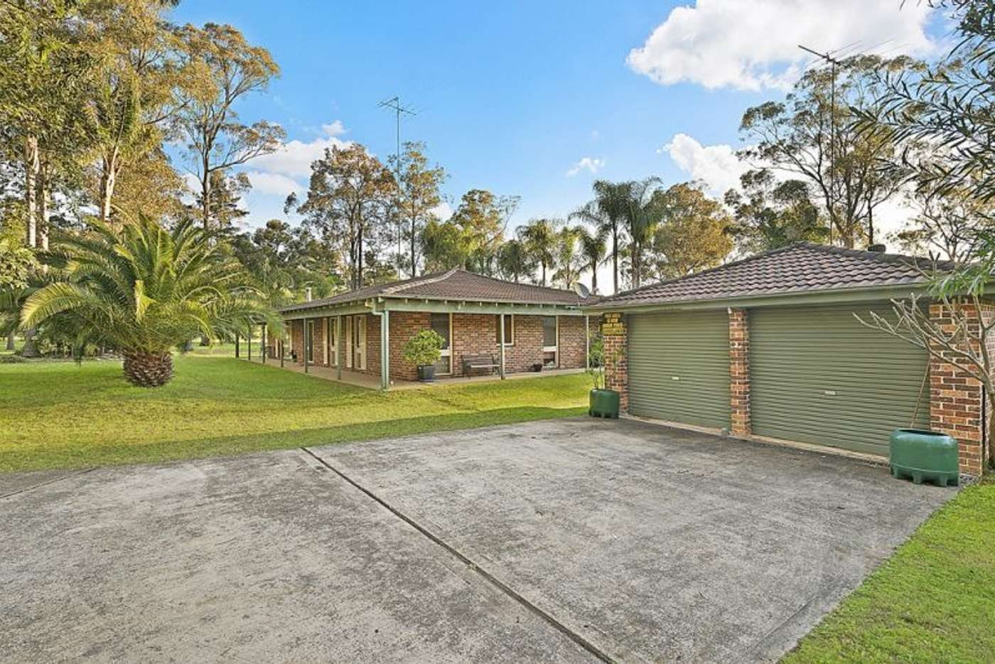 Main view of Homely acreageSemiRural listing, 135-141 Sheredan Road, Castlereagh NSW 2749