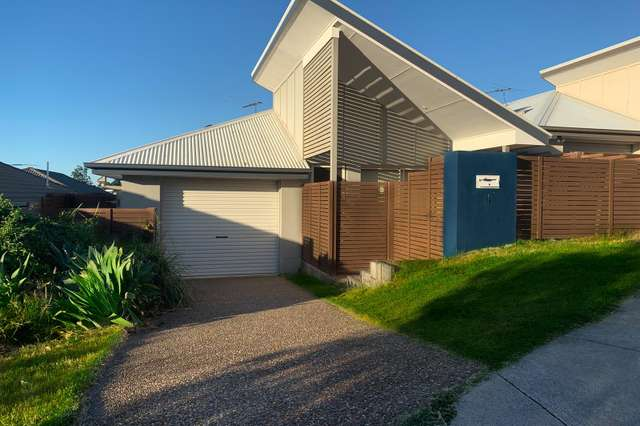 16 Hyde Ave, Springfield Lakes QLD 4300