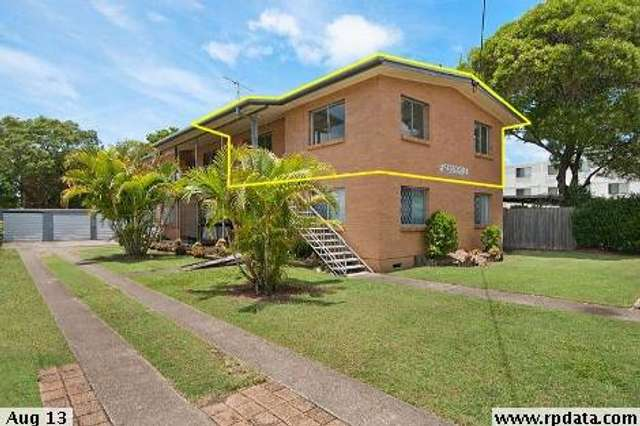 4/19 LITTLE NORMAN, Southport QLD 4215