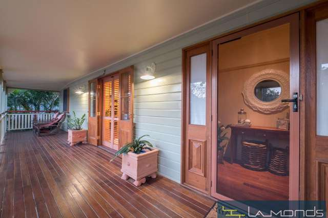 118 MOREHEAD AVE, Norman Park QLD 4170