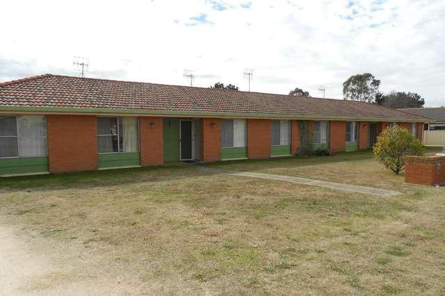 1/53 ROWAN AVENUE St, Uralla NSW 2358