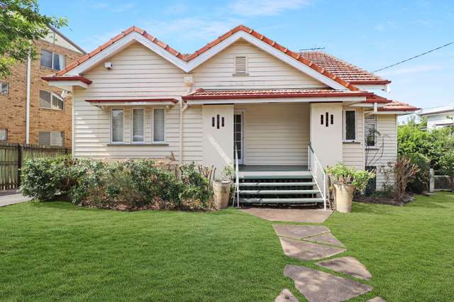 562 Old Cleveland Road, Camp Hill QLD 4152