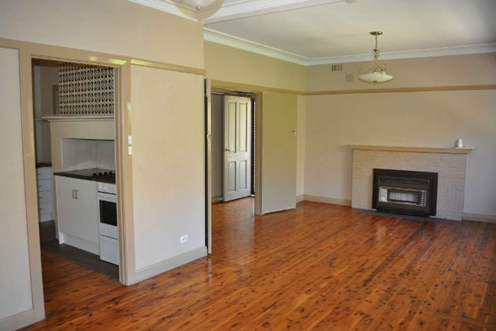 Third view of Homely house listing, 735 Alma St, Albury NSW 2640
