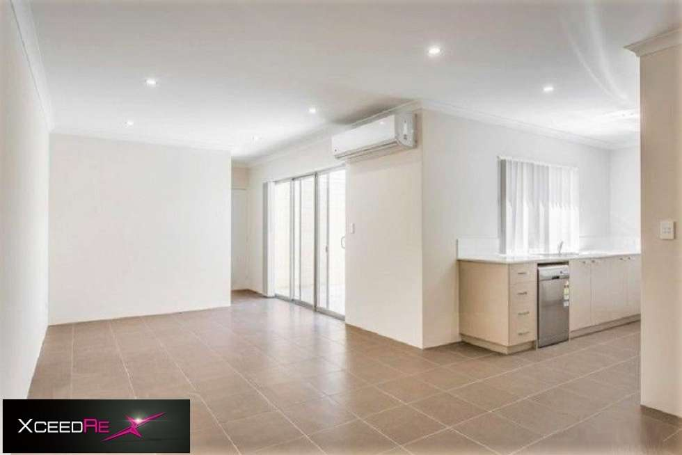 Second view of Homely house listing, 10 Midas Way, Alkimos WA 6038