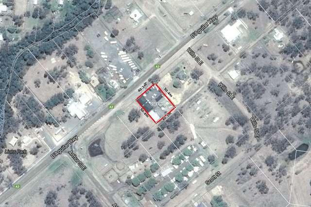 52 King St, Nanango QLD 4615