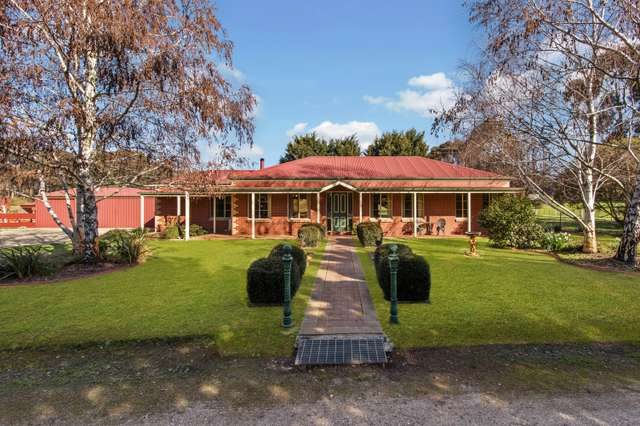 64 Pearces Road, Mandurang VIC 3551
