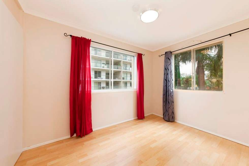 Fifth view of Homely apartment listing, 8/53 Thorn Street, Kangaroo Point QLD 4169