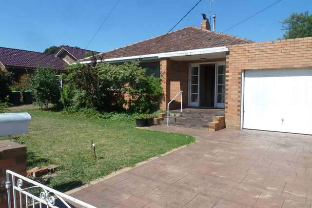 22 Coniston Ave, Airport West VIC 3042