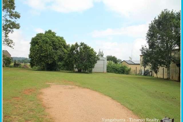 5 Williams Ave, Yungaburra QLD 4884