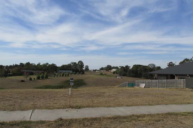 39 Eastern View Dr, Eastwood VIC 3875