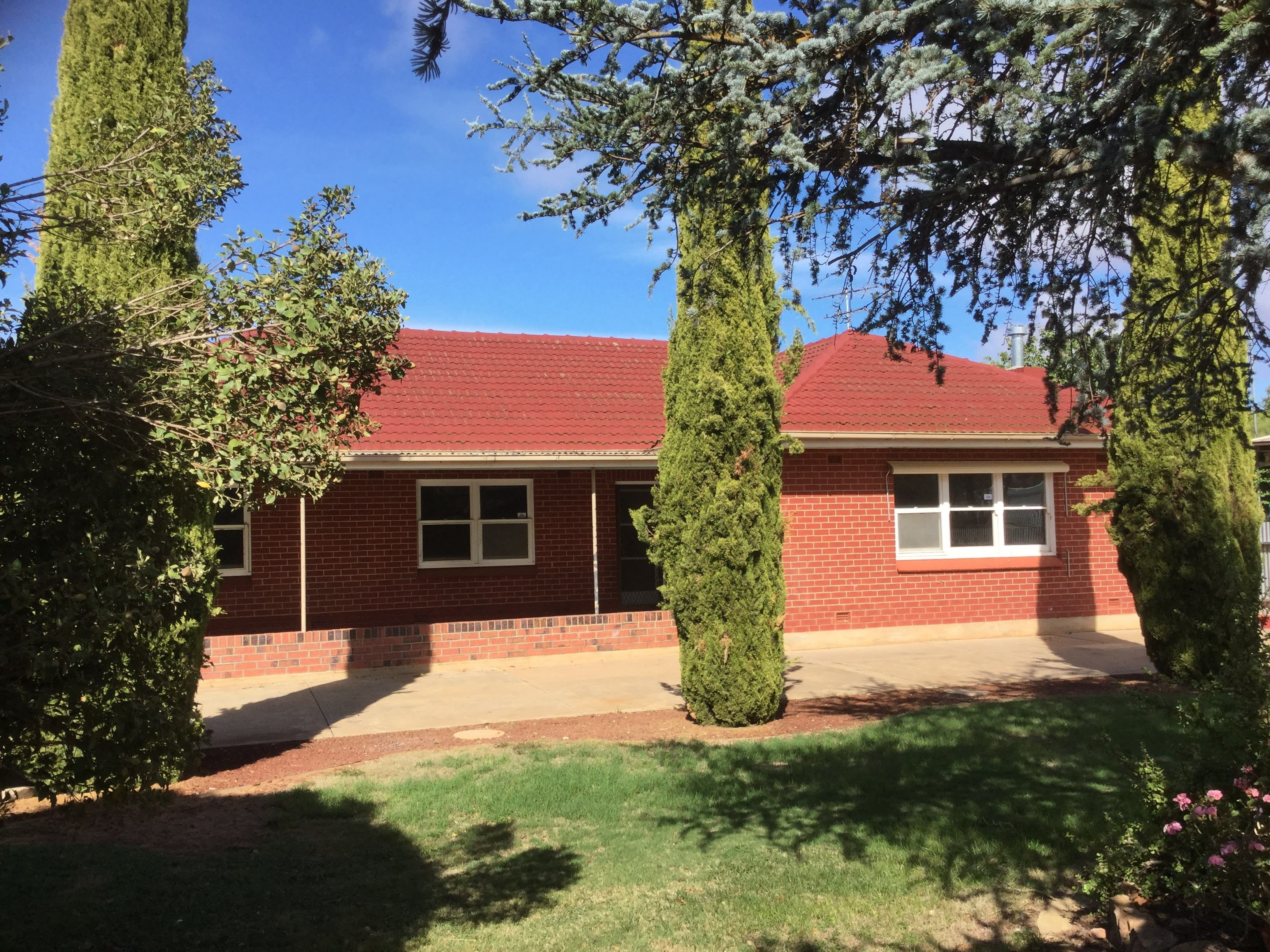 8 Port Wakefield Road