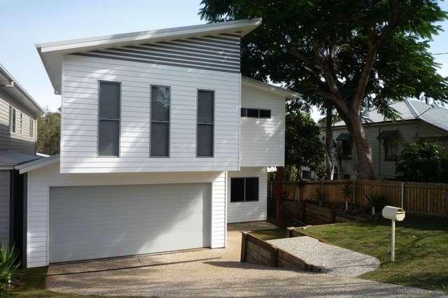 11 Wighton Street, Sandgate QLD 4017